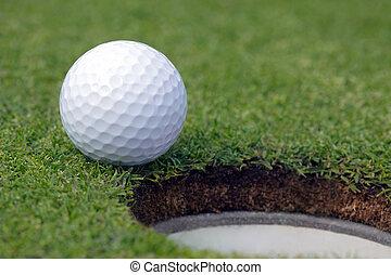 agujero, golfball, casi