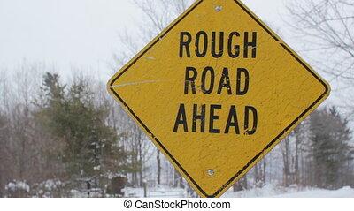 ahead., rugueux, route