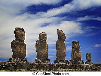 Ahu Vai Uri moai