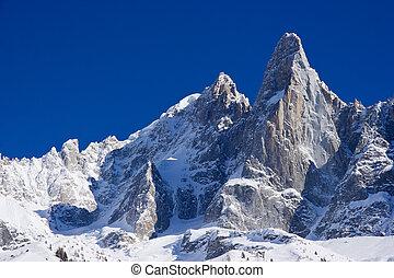 """""""aiguille du dru"""" peack of europen alps - """"aiguille du dru""""..."""