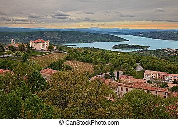 Aiguines, Var, Provence-Alpes-Cote d'Azur, France: the Lake ...
