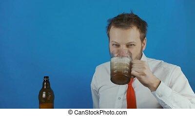 aimer, alcoolique, verse, bière, bière, non rasé, grande ...