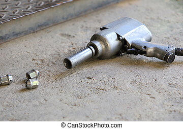 Air gun for change car wheel