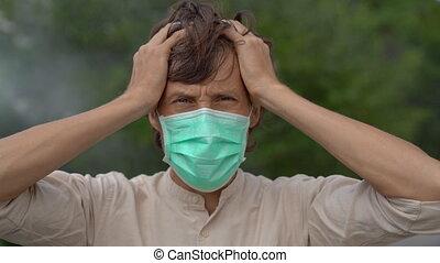 air, jeune, monde médical, air., homme, stands, brumeux, dangereux, concept., masque pollution, concept