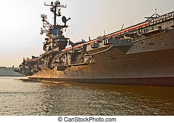 aircraft carrier in New York - aircraft carrier as museum in...