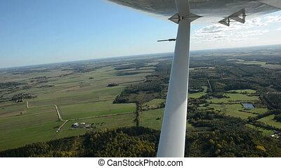 aircraft wing vibration on air - aircraft wing vibration on...