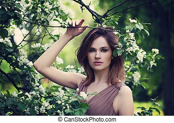 aire libre, moda, foto, de, mujer hermosa, en, primavera