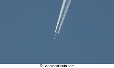 Airliner at cruising altitude - Plane at cruising altitude ...
