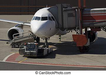 Airplan dispatching