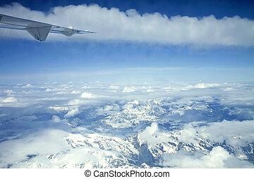 airplane, synhåll, av, italian alps