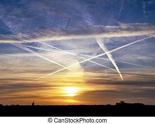 airplane vapour trails