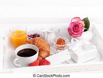 ajándék, reggeli