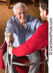 ajudando, incapacitado, pai, filho