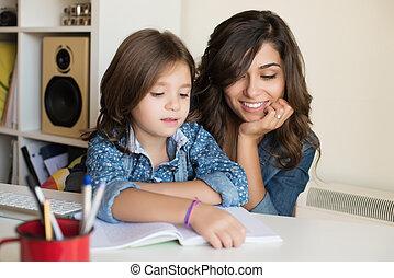 ajudando, mãe, dever casa, criança