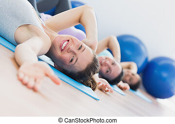 ajustar, classe, exercitar, fila, condicão física, estúdio