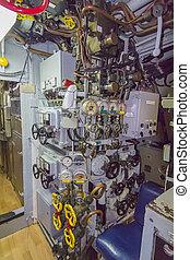ajuste, y, paneles de control, de, un, viejo, submarino