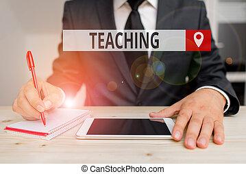 akt, foto, ämne, teaching., visande, förklarande, skrift, showcasing, ge sig, affär, anteckna, information, en, demonstrating.