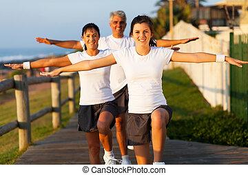 aktivál, modern, tengerpart, gyakorlás, család