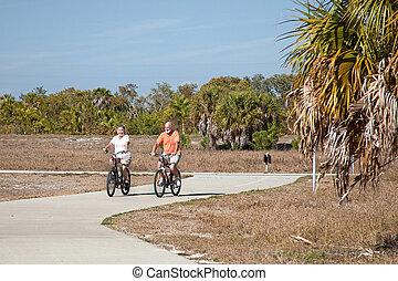 aktive senioren, radfahren