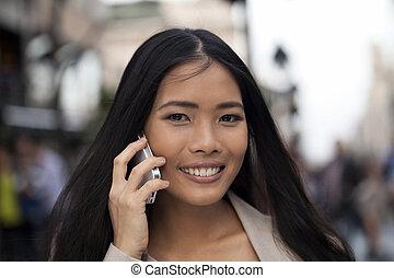 Al aire libre, empresa / negocio, teléfono, Utilizar, elegante, mujeres
