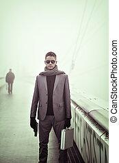 al aire libre, moda, invierno, hombre, joven