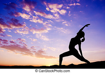 al aire libre, mujer, yoga, silueta