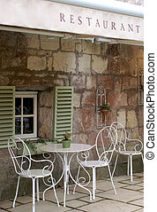Dining outdoors at this al fresco cafe restaurant