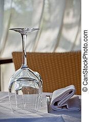Al fresco Restaurant table
