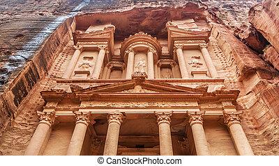 Al Khazneh - the treasury of Petra ancient city