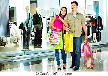 alatt, a, bevásárol mall