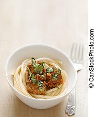 albóndiga, espaguetis