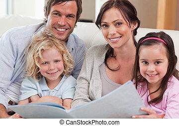 album, foto famiglia, su, dall'aspetto, chiudere