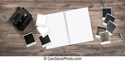 album, foto, macchina fotografica polaroid, cornici, aperto