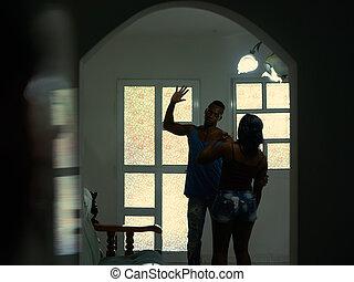 alcoolismo, e, violência, com, marido, bater, batendo, esposa, casa
