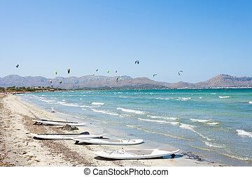 alcudia, mallorca, -, kitesurfing, an, der, schöne ,...