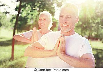 alegre, fresco, meditar, família, ar