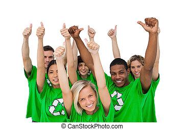 alegre, grupo, de, ambiental, dar, pulgares arriba