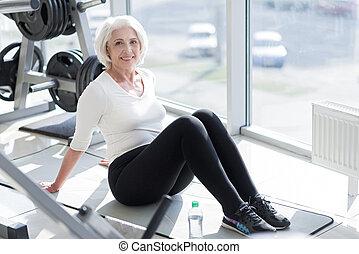 alegre, gym., mulher sênior, relaxante