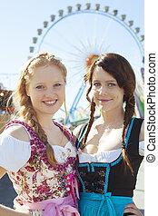 alemão, meninas, em, oktoberfest