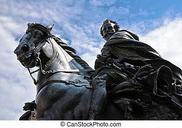 Alessandro Farnese Statue. Piacenza. Emilia-Romagna. Italy.