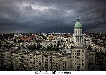 Alexanderplatz am Abend, Berlin