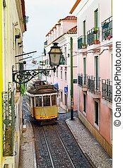 alfama, calle, portugal, distrito, gente, tranvía, 28, ...
