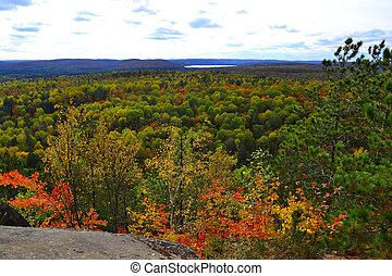 Algonquin Provincial Park, Ontario, Canada. Beautiful fall landscape with lake and mountains
