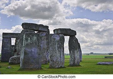 aligné, stonehenge, coucher soleil, midsummer, levers de soleil, angleterre, célébrer, solstice., midwinter