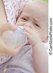 alimentação, mistura, crianças, peito, leiteria, garrafa, bebê, pequeno