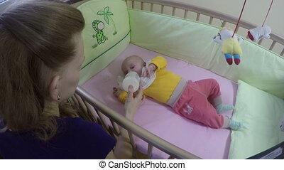 alimentation, bébé, petite mère