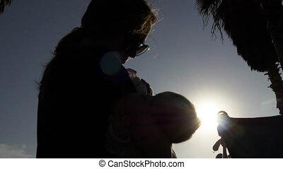 alimentation, nouveau né, silhouettes, été, mère, bébé