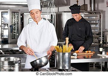 alimento, chefs, preparando, feliz