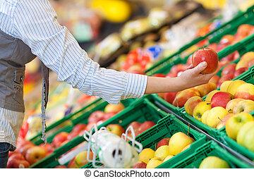alimento, el seleccionar, mujer, manzanas, mostrador