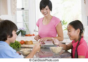 alimento, mientras, preparando, madre, desayuno, el gozar,...